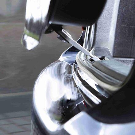 TRIXIE Hák do kufru k dodání čerstvého vzduchu do vozidla